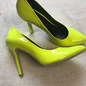 Sole Society Neon Lime Green Pumps